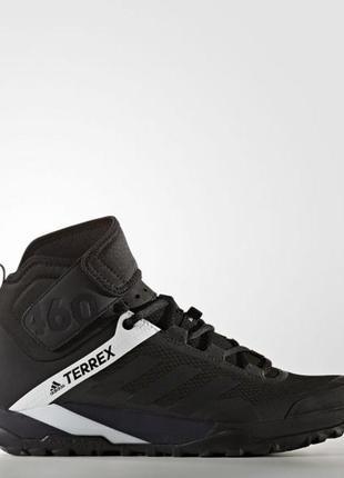 Мужские ботинки adidas terrex trail cross