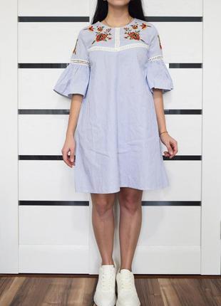 Платье с вышивкой (новое, с биркой) primark