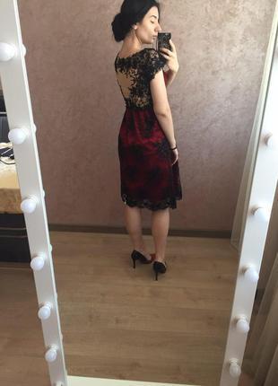 Шикарное вечернее, выпускное платье миди бордового цвета в бис...