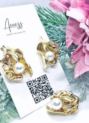 Новый комплект кольцо и серьги с жемчугом