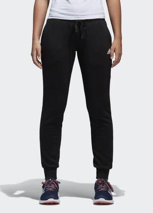 Классные спортивные штаны (треники, спортивки) от adidas essen...