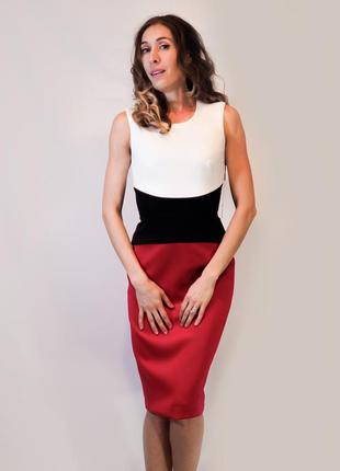 Офисное платье футляр calvin klein, деловой стиль, красивое пл...