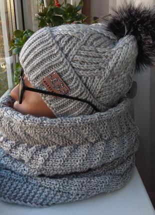 Новый красивый комплект: шапка (на флисе) и хомут восьмерка, с...