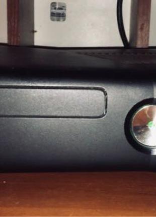 Xbox 360 Slim (XB360S)