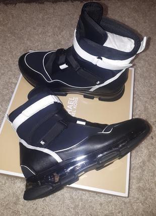 Ботинки известного американского бренда  michael kors w9