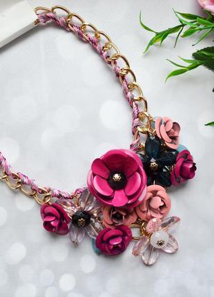 """Ожерелье """"цветы"""" массивное розовое"""