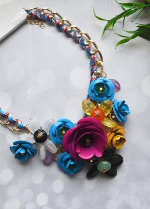 """Ожерелье """"цветы"""" массивное разноцветное"""
