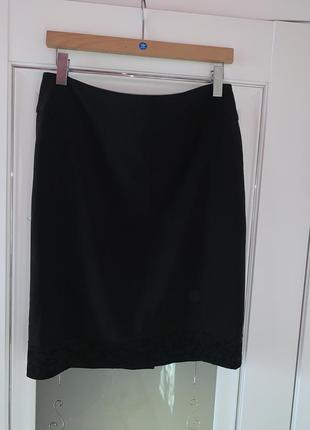 Классическая чёрная юбка, женская юбка, юбка за колено
