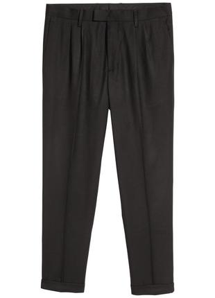 Черные костюмные брюки h&m , slim fit !