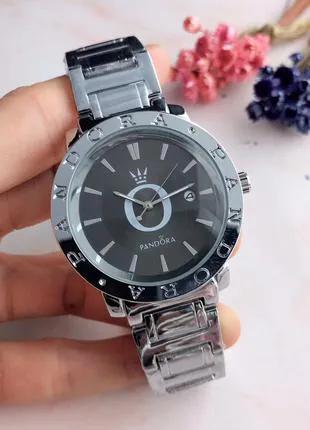 Женские наручные часы Pandora