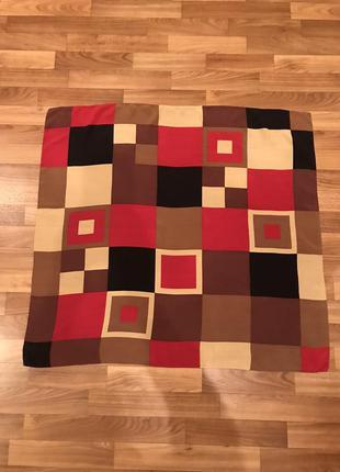 Платок в квадраты