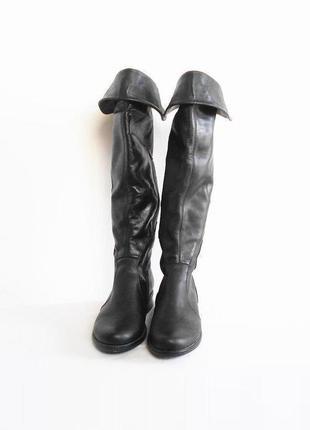 Черные кожаные осенние демисезонные длинные сапоги ботфорты