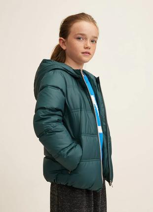 Непромокаемая стеганая курточка mango  5-6 лет