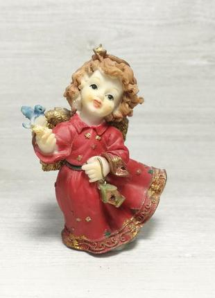Красива статуетка ангелочок