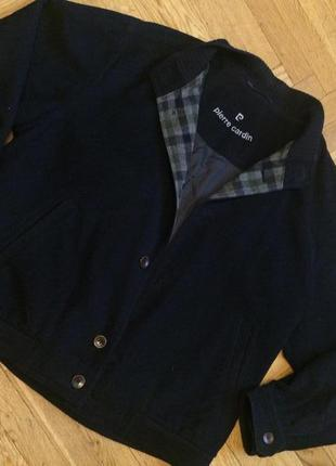 Стильная , спортивная куртка, бомбер,шерсть и кашемир,от бренд...