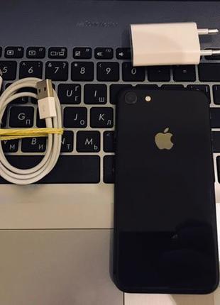 Продам Apple iPhone 8 64GB Space Gray