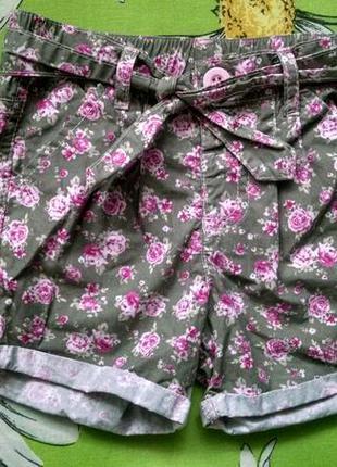 Котоновые шорты с поясом для девочки 3-4 года