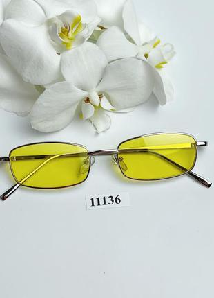 Узкие солнцезащитные очки с желтыми линзами к.11136