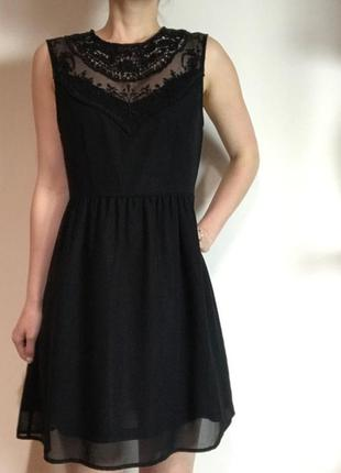 Распродажа! h&m маленькое черное платье с декором, р.38, s-ка