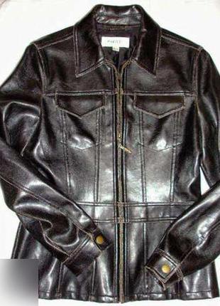 Куртка размер 42-44 черная под кожу потертости весна осень дем...