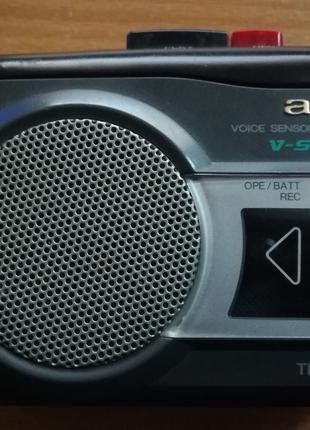 Касетний диктофон-плеєр AIWA TP-VS480