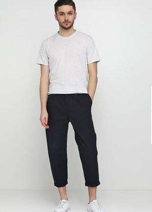 Мужские укороченные зауженные брюки cos 69% шерсть