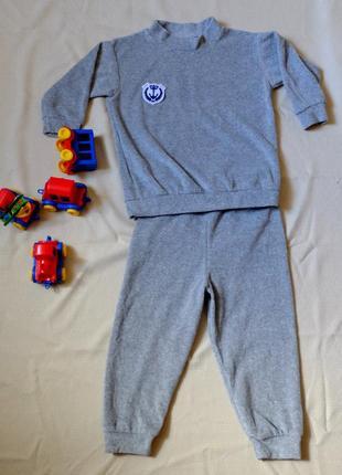Костюм домашний на мальчика, махровый костюм новый 2-4 года