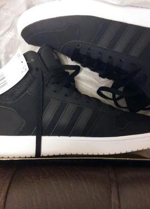 Демисезонные кроссовки adidas