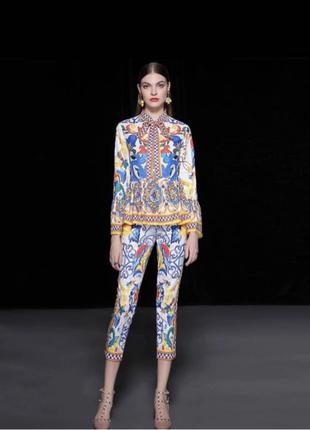 костюм в стиле Dolce Gabbana
