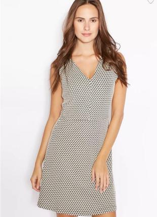 Коттоновое текстурированное миди платье с v-образным вырезом б...