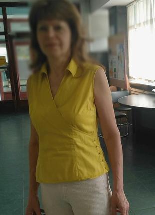Блуза 46 рр горчичного цвета.