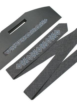 Модна тонка вишита краватка №682