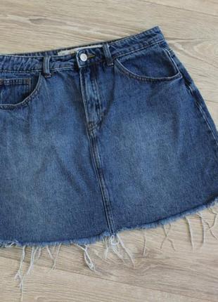 Джинсовая юбка мини, с необработанным низом