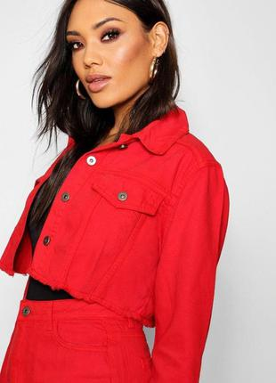 Красный укороченный джинсовый пиджак ronnie