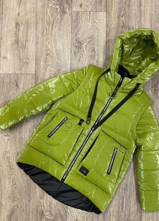 Яркая весенняя куртка жилет для девочки
