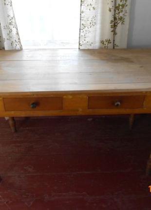Продам большой деревянный стол