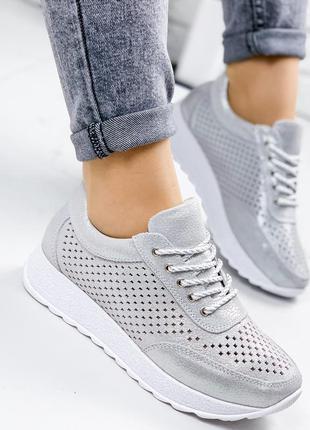 Серебристые замшевые женские кроссовки на платформе, кожаные к...
