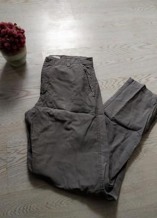Мужские брюки фирмы calvin klein