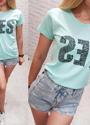 Новая женская футболка мятного цвета
