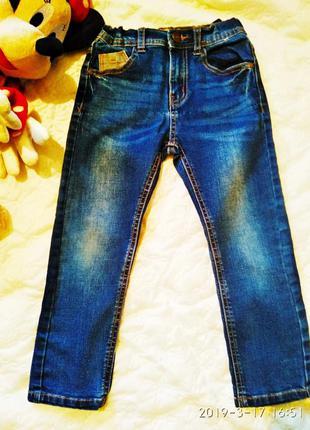 Крутые джинсы denim & со на мальчика 4 годика
