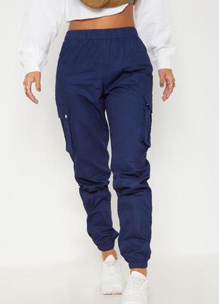 Джогеры с карманами. штаны карго высокая талия prettylittlething