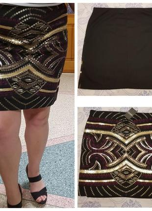 Короткая трикотажная юбка мини в паетках и с вышивкой george