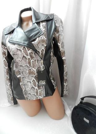Куртка косуха  фактурная стрейч эко кожа под змею змеиный прин...