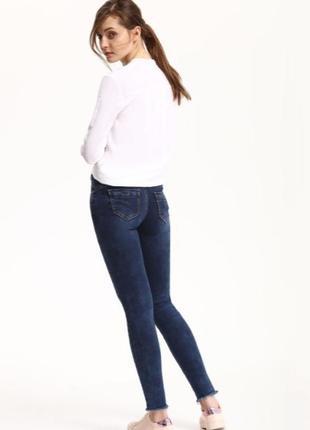 Фирменные пуш-ап скинни джинсы от top secret лимитированной се...
