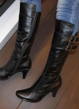 Сапоги женские кожаные черные демисезонные на каблуке натураль...
