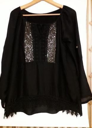 Красивая черная итальянская шелковая блузка с кружевом и паетками