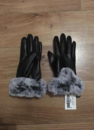 Новые теплые красивые кожаные перчатки с мехом
