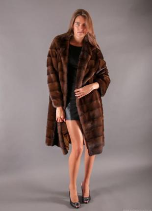 Норковая шуба в шикарном мехе saga furs италия поперечный крой