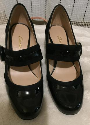 Туфельки от clarks размер 4( размер 36-36,5)