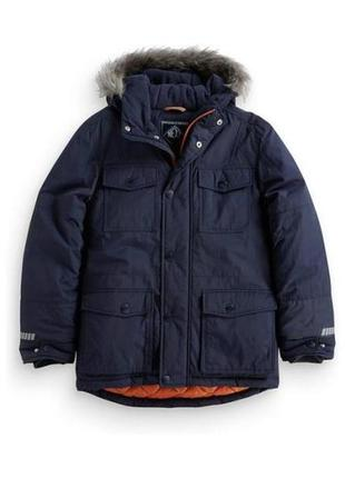 Теплая куртка next на 4-5 лет , возможно и на зиму или позднюю...